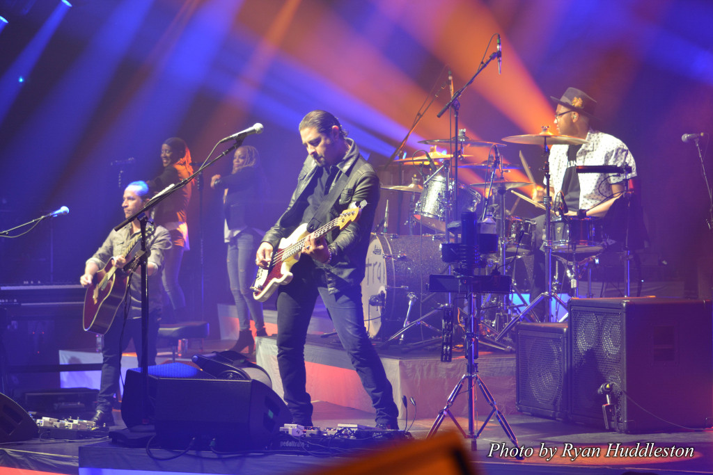 Train Band Bulletproof Picasso Tour 2015 21 by Ryan Huddleston