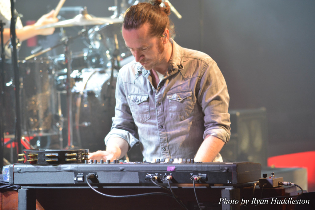 Jerry Becker of Train Band Bulletproof Picasso Tour 2015 7 by Ryan Huddleston